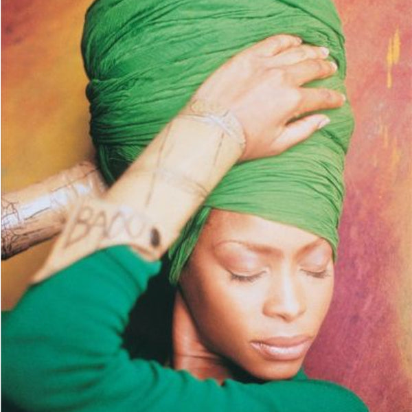 Modest fashion Mall blog post 5 celebrities head wraps turbans head coverings hijabs Erykah Badu