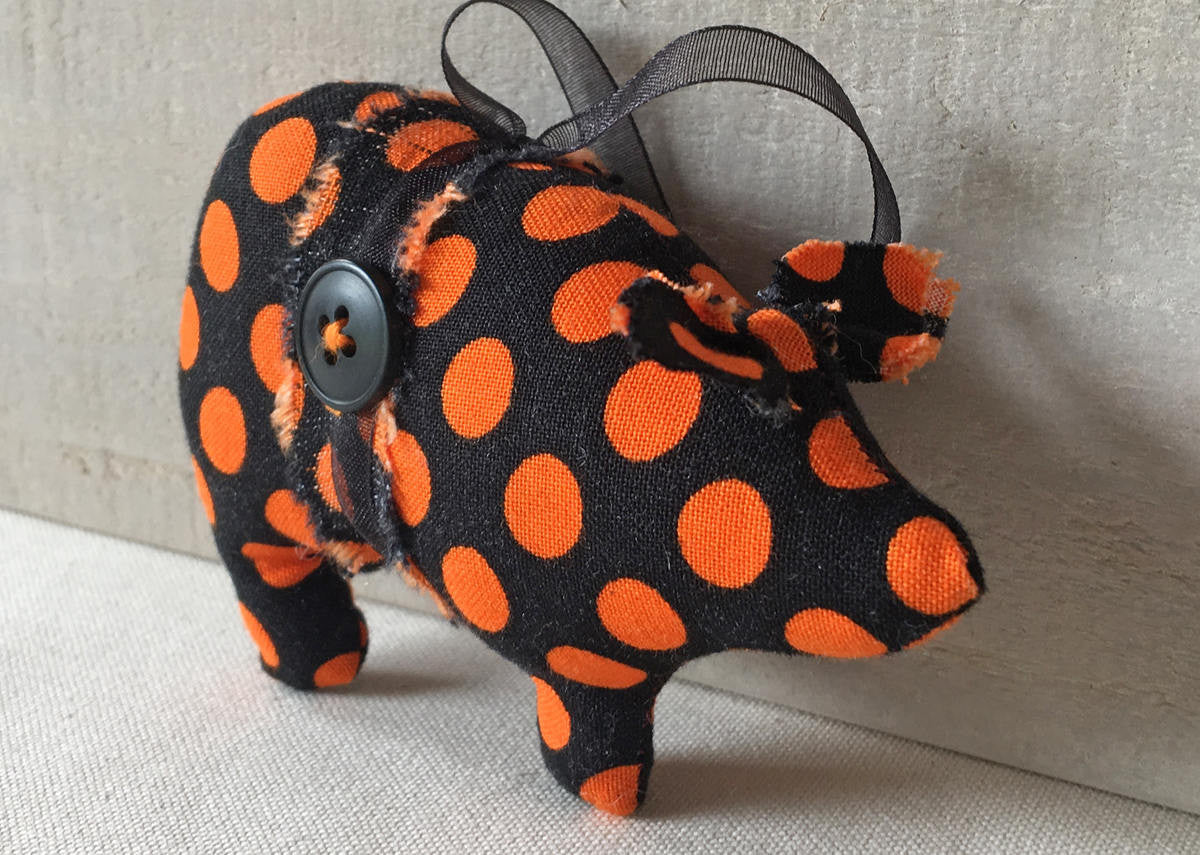 Halloween pig ornaments