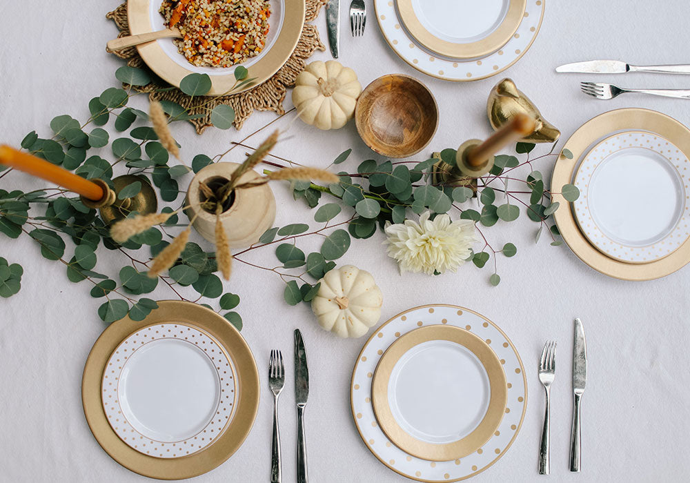 5 Table Setting Ideas For The Best Friendsgiving Ever Q