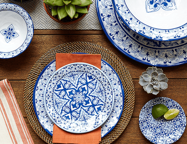 Use melamine dinnerware at outdoor parties and events outdoor barbecues poolside dining patio entertaining and yes even outdoor weddings u2014 without ... & Top 7 Benefits of Melamine Dinnerware | Q Squared Blog