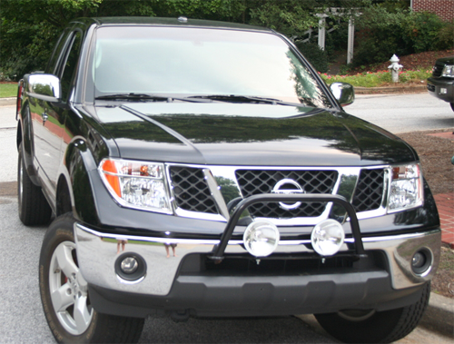 Nissan Light Bar w Chrome Bumper