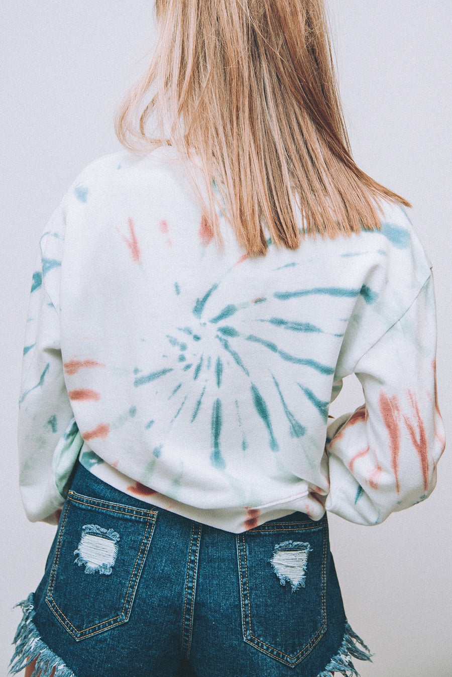 Z SUPPLY: THE MULTICOLOR TIE-DYE PULLOVER