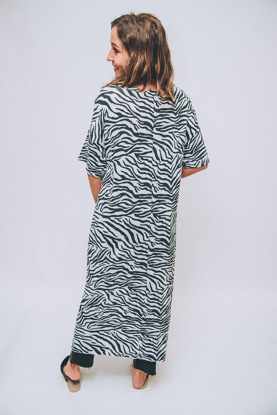 Z SUPPLY: ZEBRA MAXI TEE