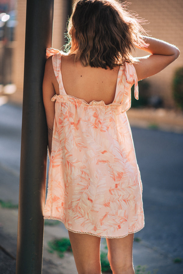 SHOW ME YOUR MUMU: SUNSHINE DRESS-PINK MAJESTIC PALM