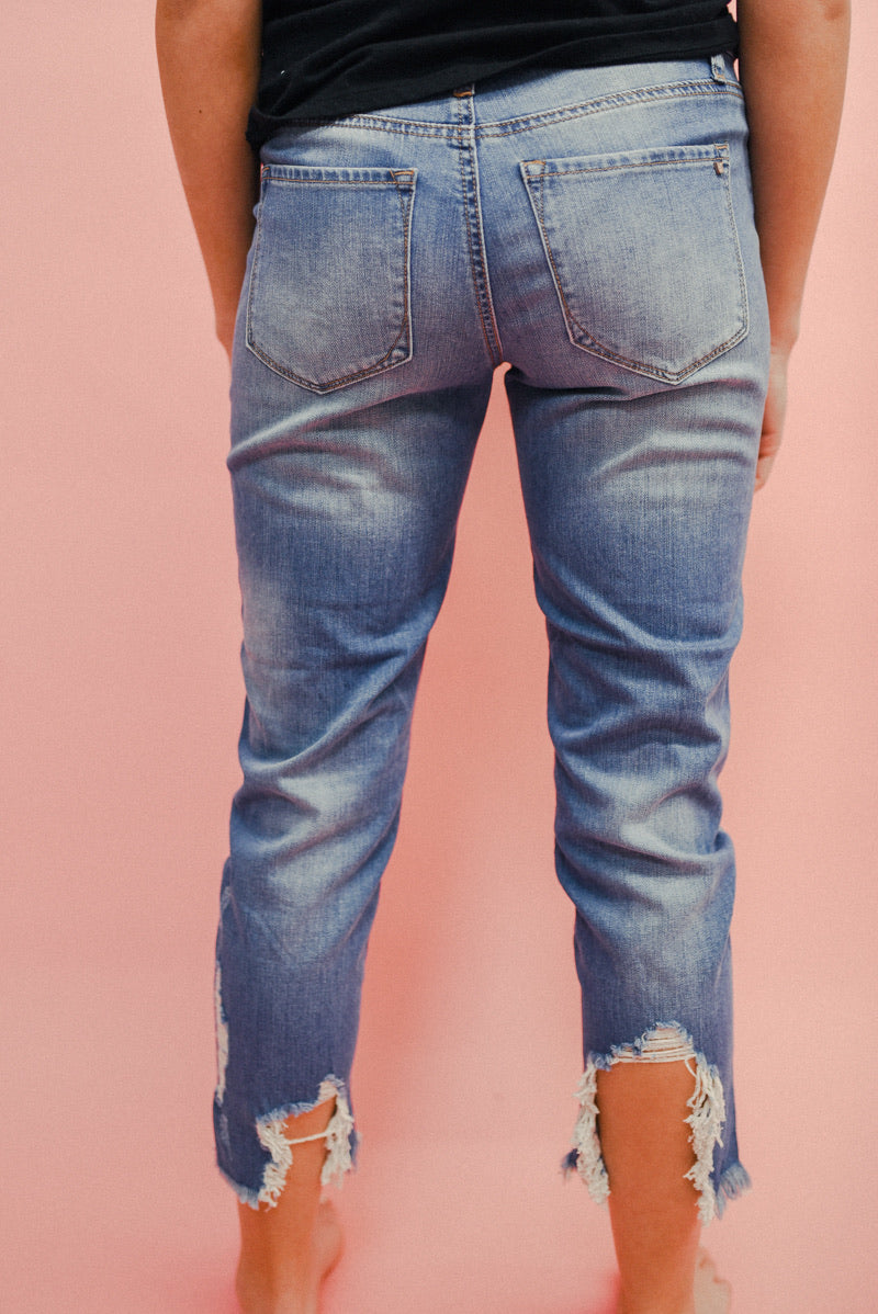THE WEEKENDER HIGH RISE GIRLFRIEND JEAN