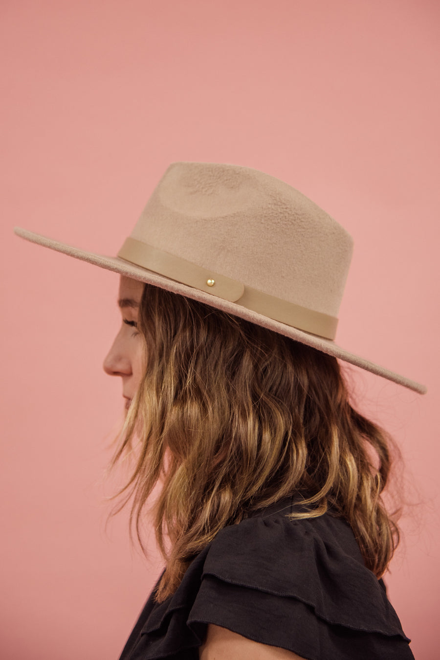THE EVEREST FELT HAT-KHAKI