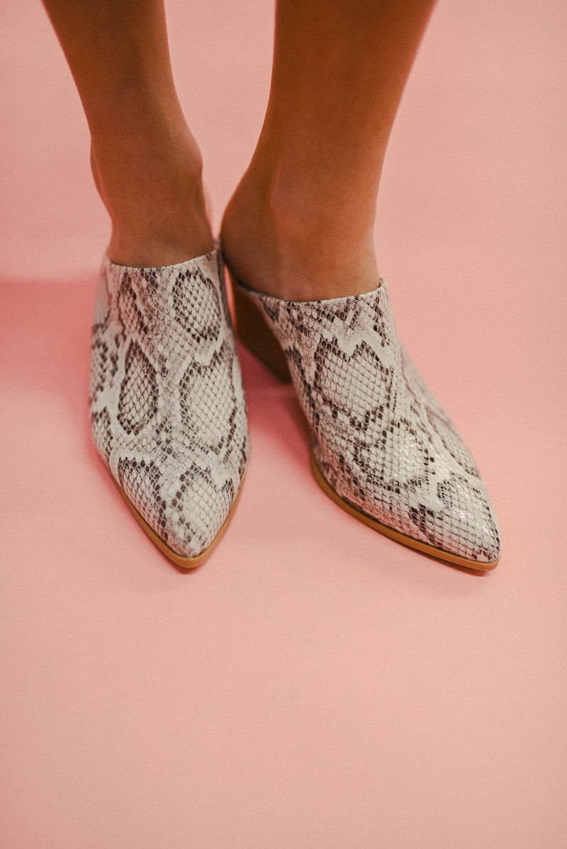 THE BLAYKE MULE-SNAKE SKIN