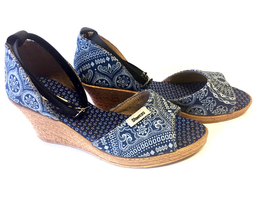 Shweshwe Low Wedges - Mandala Navy