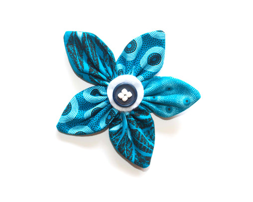 Brooch - Turquoise Daffodil