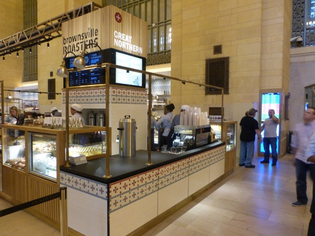 Counter Display - Grand Central Station 2, NY, NY. - PORTFOLIO - Trade Diversified