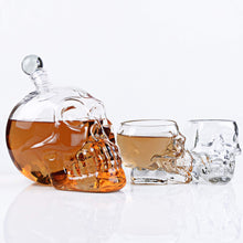 Skull Decanter 1-pc Large 50-Oz Glass Figurine, Lead Free Mouthblown Liquor Decanter For Bourbon, Whiskey, Scotch, Rum, Tequila