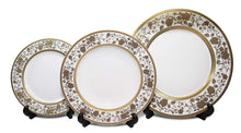 "Royalty Porcelain ""Ellen"" 5pc Place Setting with Gold Floral Pattern For 1"