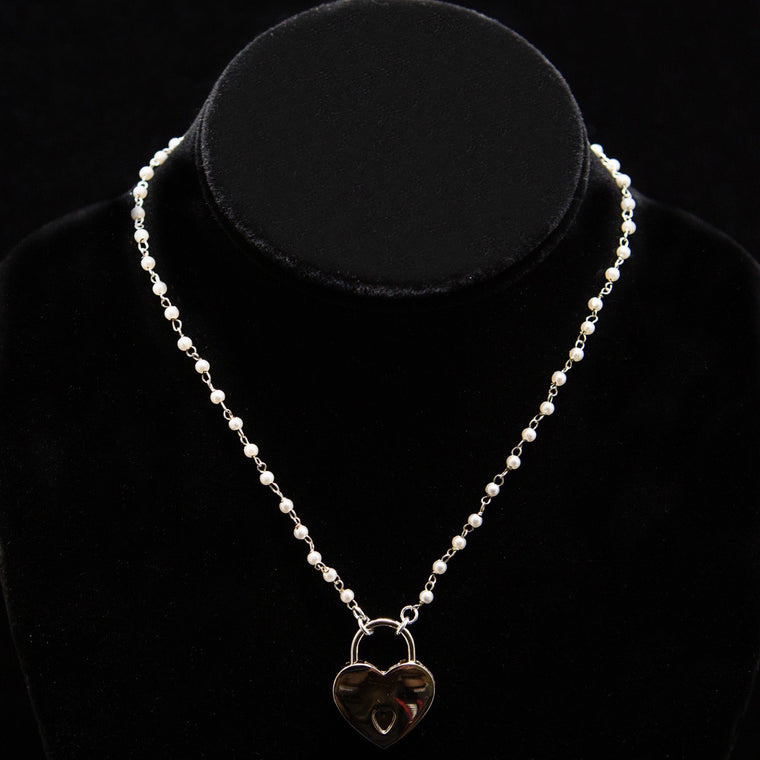 Day Necklace: Pearl-White Beads and Chain with Heart Lock