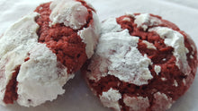 Red Velvet Crinkle Cookies Tin (one dozen)