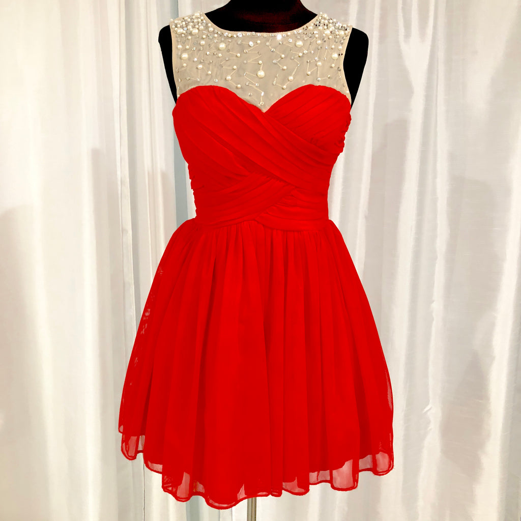 BOUTIQUE Short Red Gown Size 3