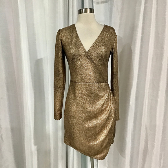 BOUTIQUE Short Rose Gold Gown Size M