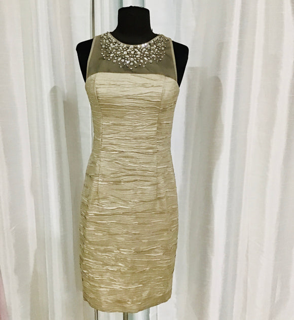ELIZA J Short Champagne Form Fitting Gown Size 4 NWT