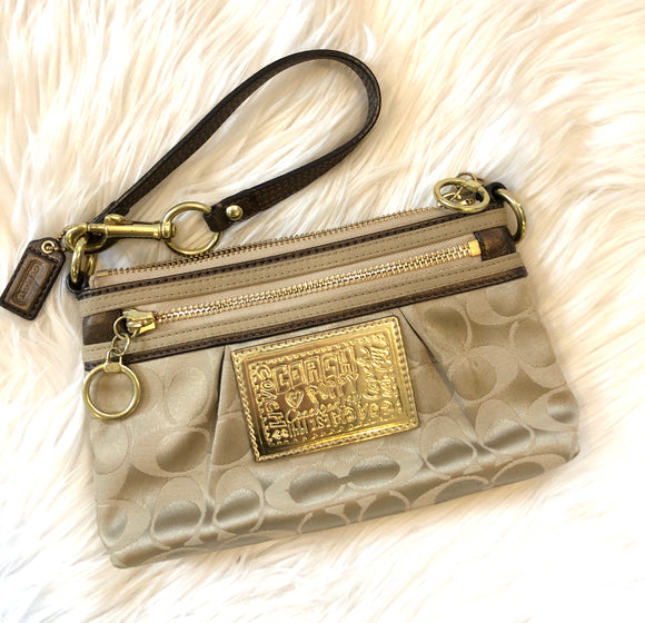 COACH Signature Capacity Wristlet/Clutch