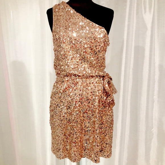 BOUTIQUE Short Rose Gold Sequined Gown Size 10