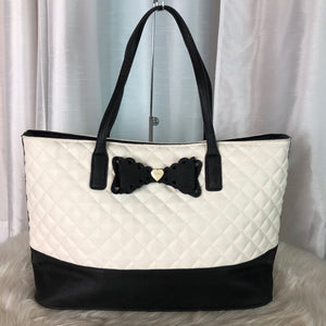 BETSEY JOHNSON Scallop Bow Tote