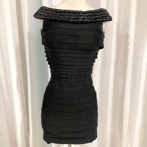 TONY BOWLS Short Black Form Fitting Gown Size 2