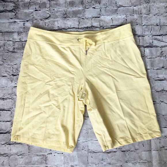 CALVIN KLEIN Pale Yellow Shorts Size XXL