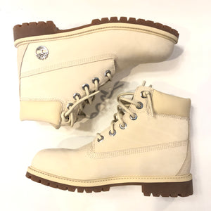 "Timberland Cream 6"" Classic Boot Tween Size 7 (Womens Size 9)"