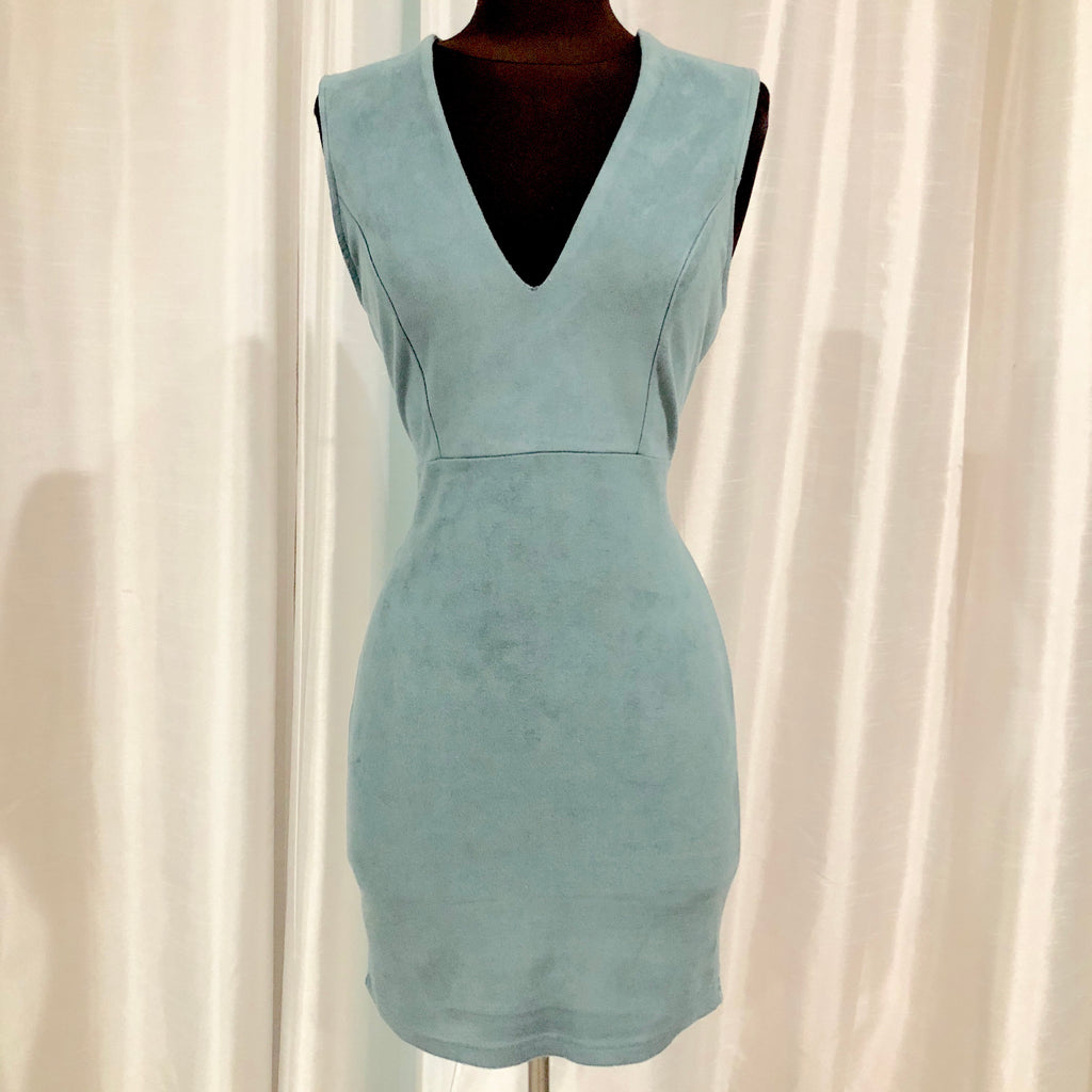 BOUTIQUE Short Light Blue Velvet Gown Size S