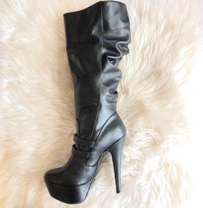 BOUTIQUE KNEE HIGH BOOTS SIZE 9
