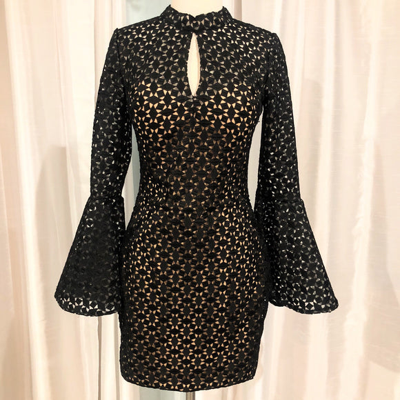 JOVANI SHORT BLACK/TAN FITTED HIGH NECK BELL SLEEVES COCKTAIL DRESS SIZE: 4