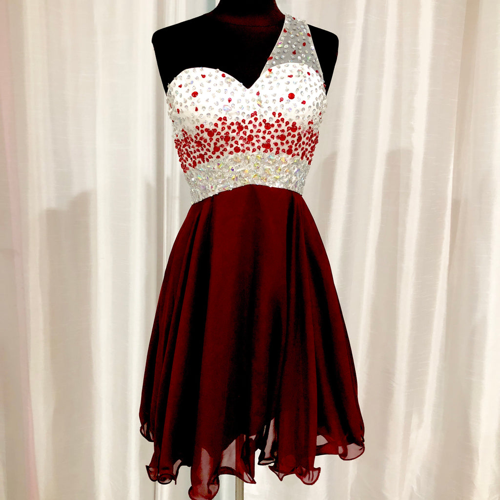 BOUTIQUE Short Maroon One Shoulder Gown Size 2