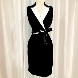 CALVIN KLEIN Black & White Short Wrap Dress Size 2 NWT