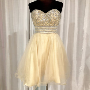 ANNY LEE Short Cream Strapless Gown Size XS