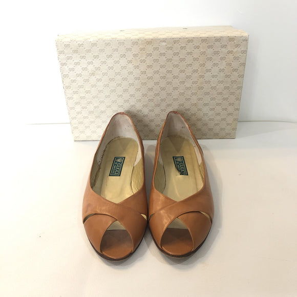 GUCCI Vintage Brown Crocodile Dr. Heel Shoes Size 35.5