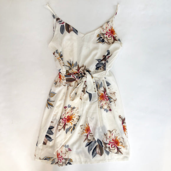 BOUTIQUE White and Floral Short Dress Size L
