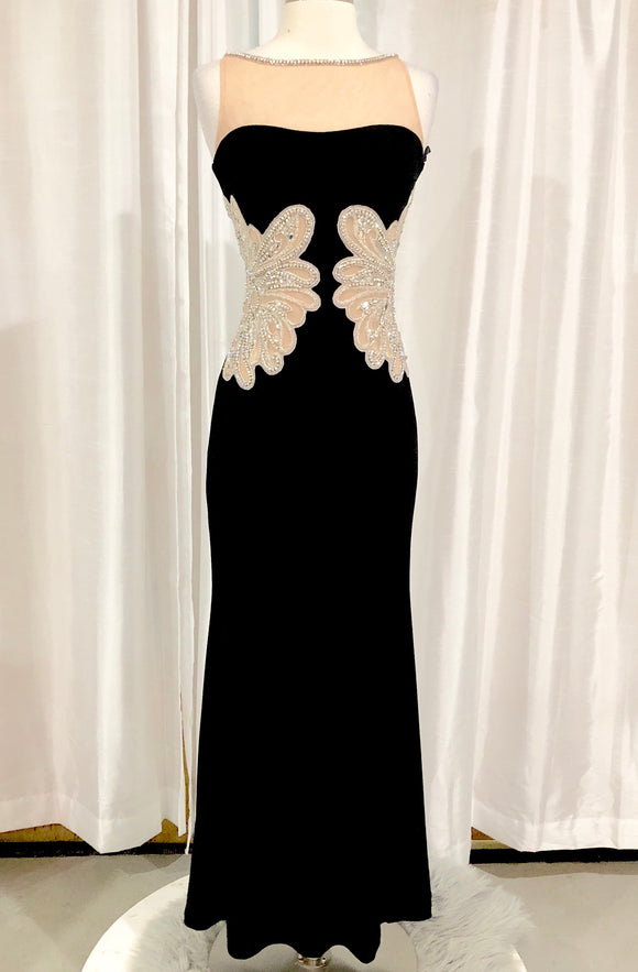 SHERRI HILL Long Black Form Fitting Gown Size 2