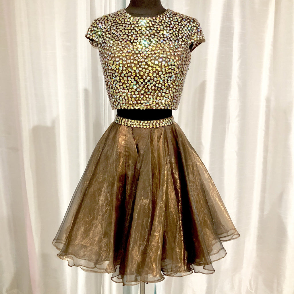 SHERRI HILL Short Light Brown Cap Sleeve Two Piece Size 4