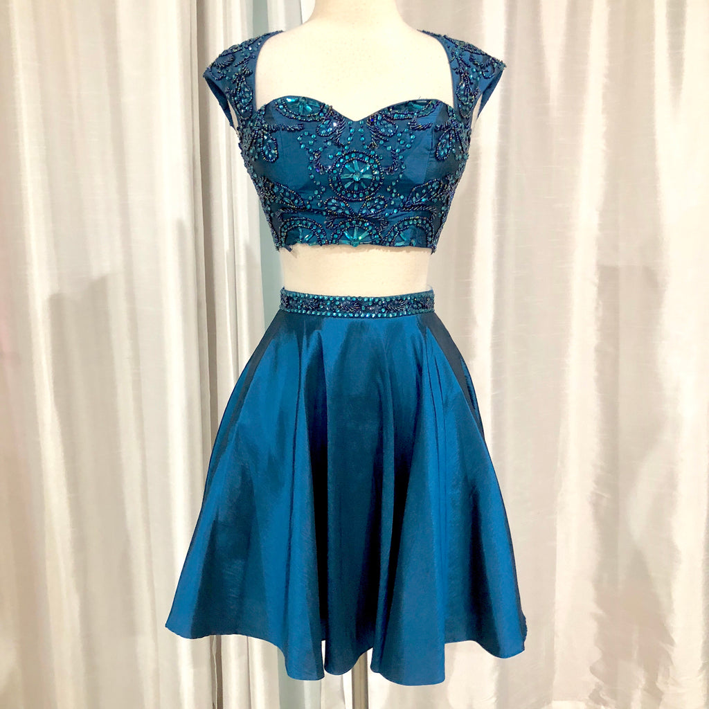 BOUTIQUE Short Navy Cap Sleeve Two Piece Gown Size 0