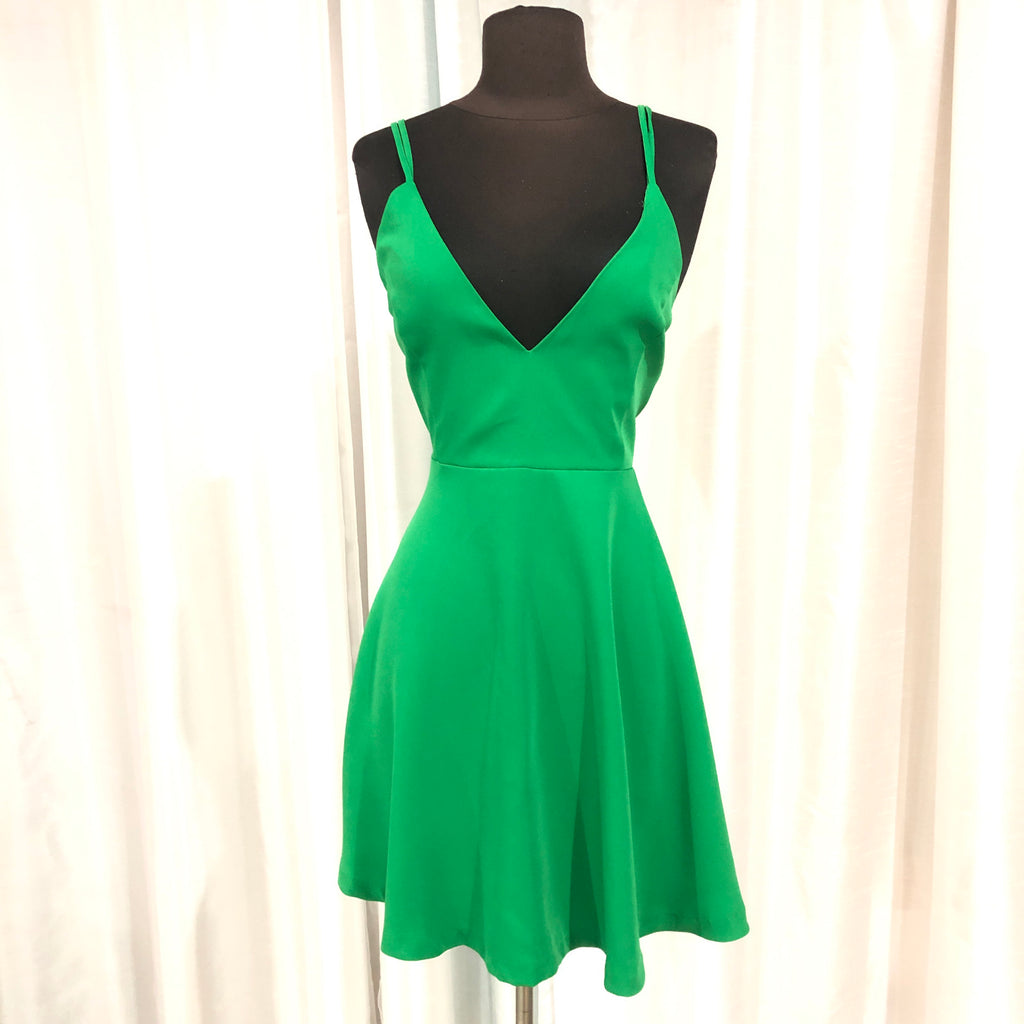 BOUTIQUE Short Green Fit & Flare Gown Size L NWOT