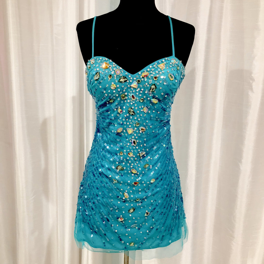 DAVE & JOHNNY Short Blue Spaghetti Strap Gown Size 1/2