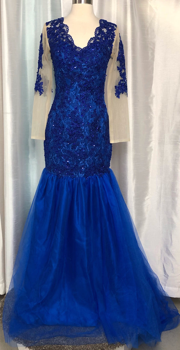 BOUTIQUE ROYAL BLUE LONG DRESS SIZE SMALL