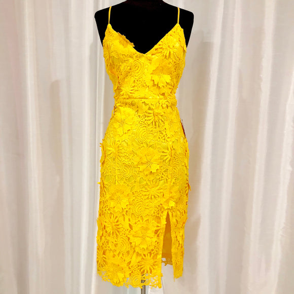 LULU'S Steal Your Heart Yellow Crochet Lace Midi Dress Size S NWT