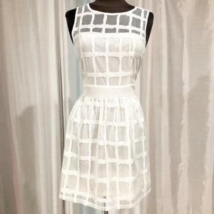 BOUTIQUE Short White Dress Size L