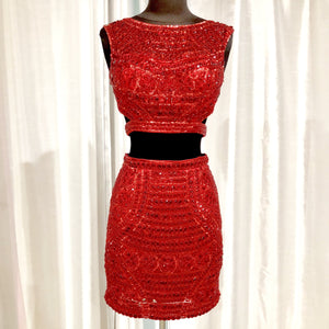 SHERRI HILL 2 PIECE RED EMBELLISHED SIZE 4