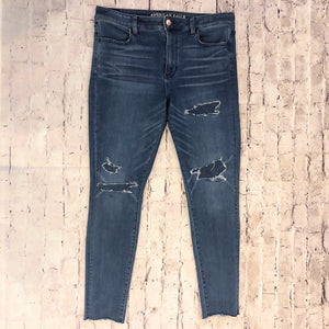 AMERICAN EAGLE HIGH RISE JEGGING SIZE 14