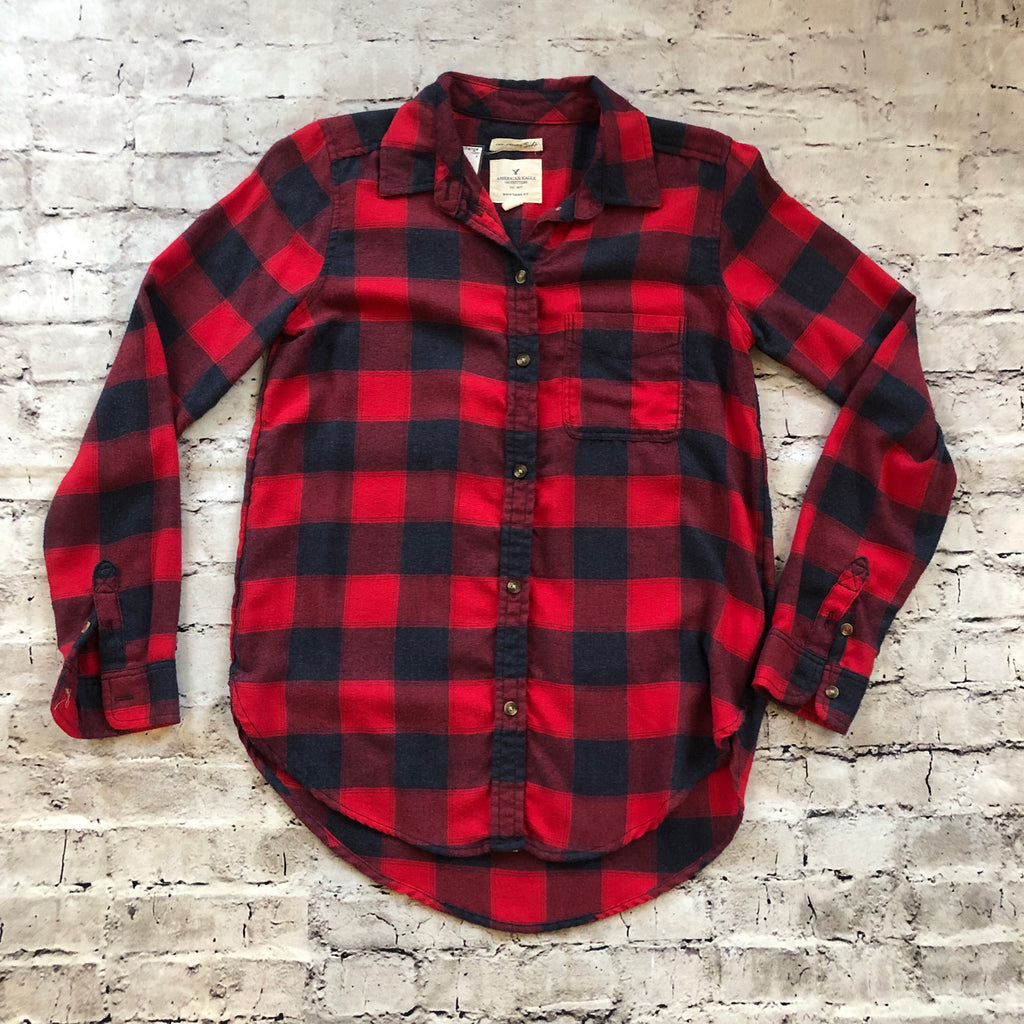 AMERICAN EAGLE OUTFITTERS BUTTON UP SIZE XS