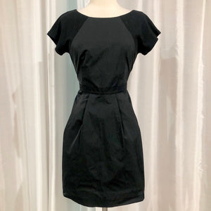 THEORY Short Black Short Sleeve Gown Size 4