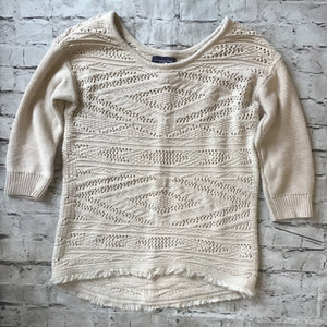 AMERICAN EAGLE SIZE EXTRA SMALL SWEATER