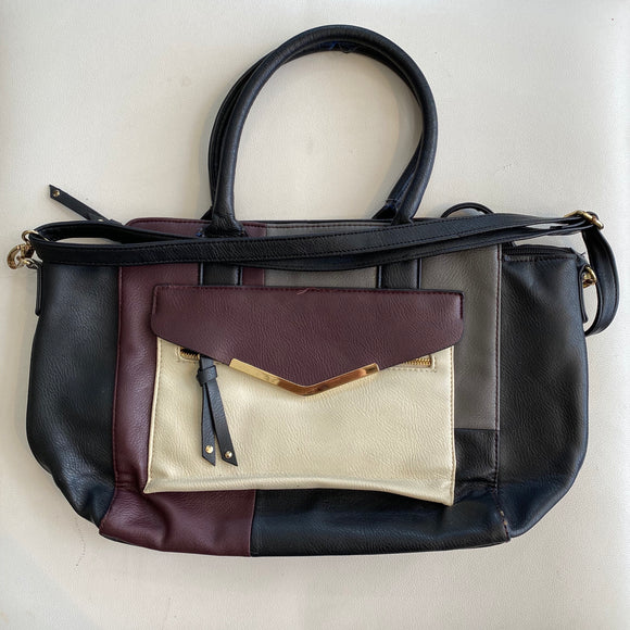 APT. 9 Crossbody / Shoulder Bag