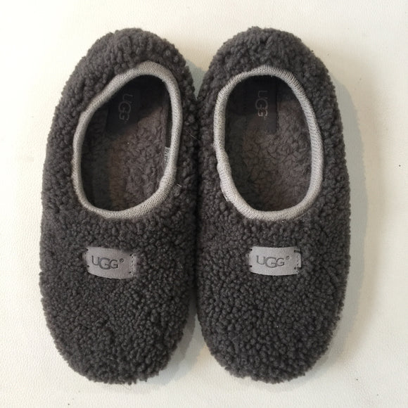 UGG BIRCHE SHEEPSKIN SLIPPERS SIZE 8